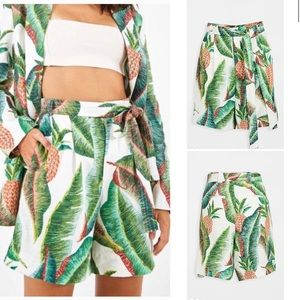 Farm Rio | Forest Palm Pineapple Linen Shorts New